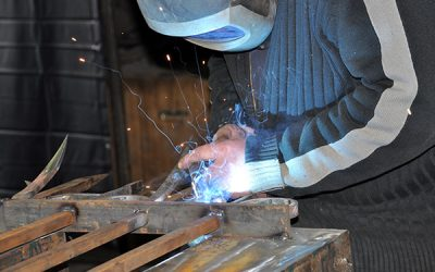 Key characteristics people look for in a great fencing contractor or steel fabricator