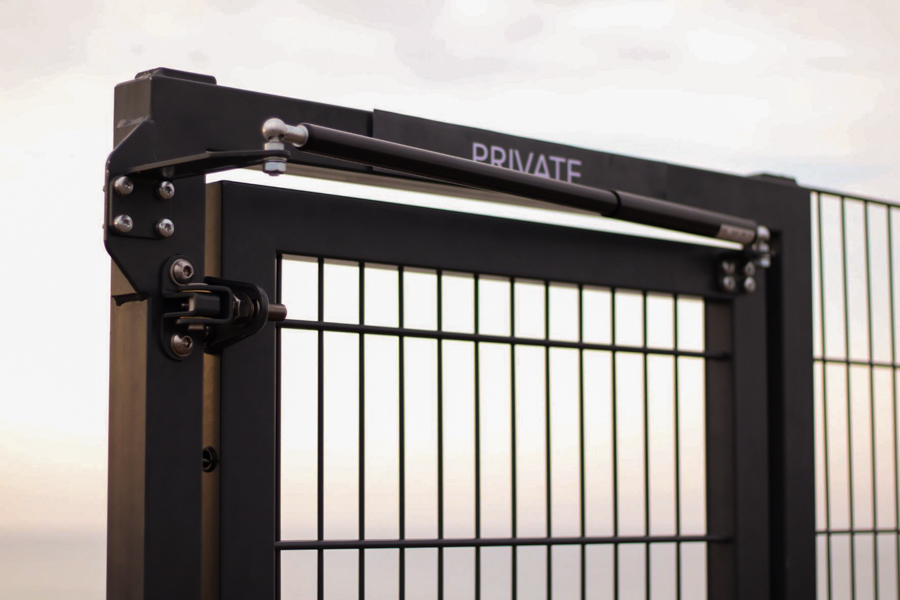 Self-closing gates: How to find the right gate closer